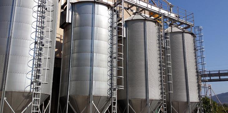 Σε τιμές... Ένωσης Αγρινίου οι κτηνοτρόφοι βρίσκουν ζωοτροφές και πρώτες ύλες